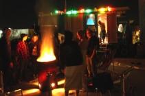Vor dem Ostbloc, Feuertonne und Sauna